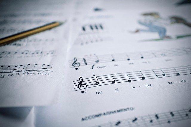 低音ボイスのおすすめ練習曲